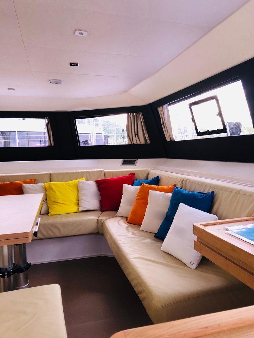 Dufour 48 Catamaran - 4 + 2 cab. (SHU - BLUE HULL, A/C+GEN., UNDERWATER LIGHTS)  - 16