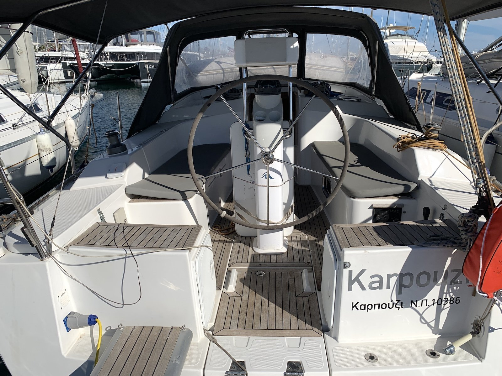 Hanse 350 - 3 cab. (Karpouzi)  - 13
