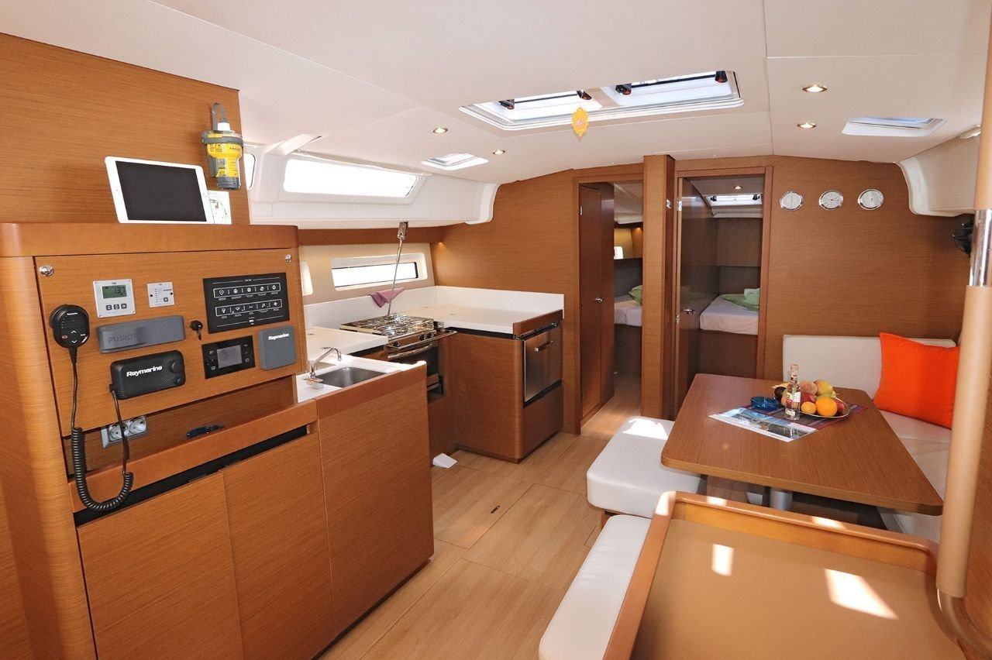 Sun Odyssey 490 - 5 cab. (Avra)  - 9