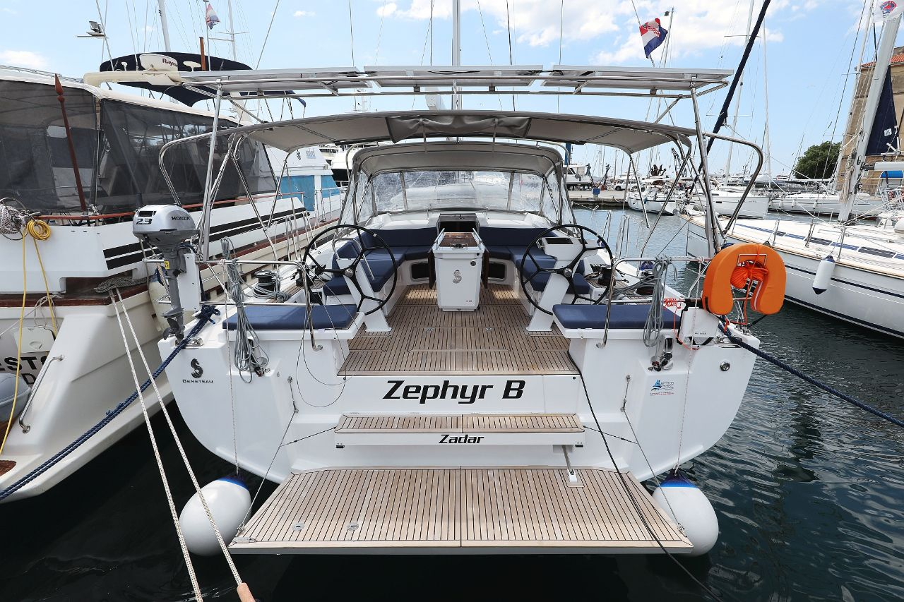 "Oceanis 51.1 - 5 + 1 cab. (""Zephyr B"" with A/C and generator)  - 0"