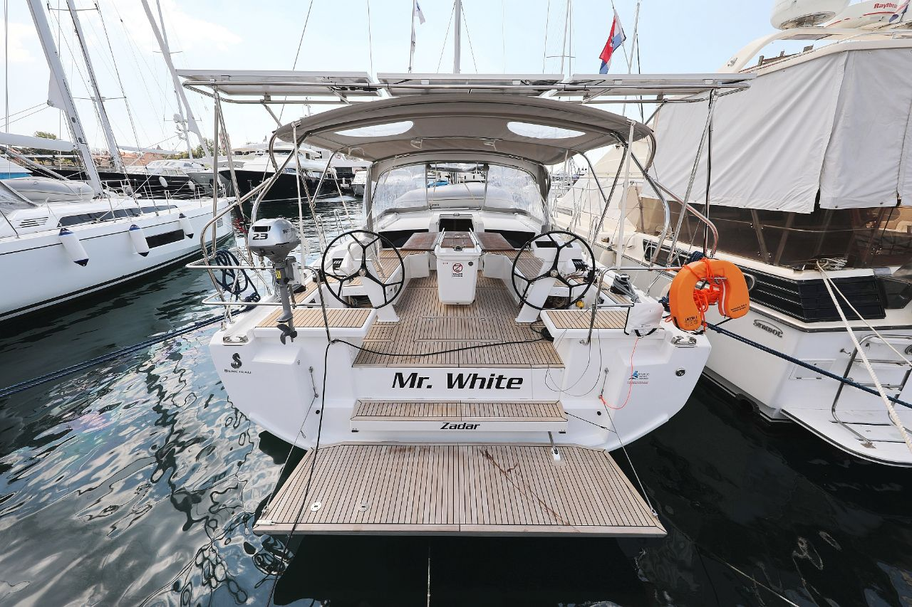 """Oceanis 46.1 (""""Mr.White"""" with A/C and generator)  - 0"""