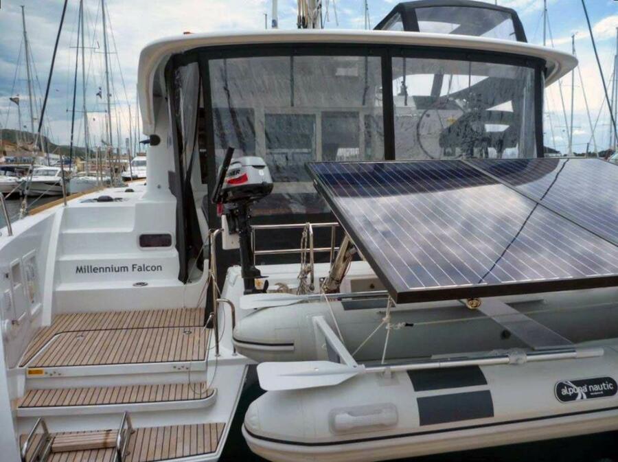 Lagoon 40 - 3 + 2 cab (Millennium Falcon)  - 3
