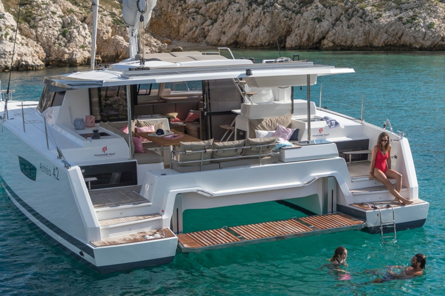 Fountaine Pajot Astrea 42 (OCEAN RUNNER with AC and generator)  - 0