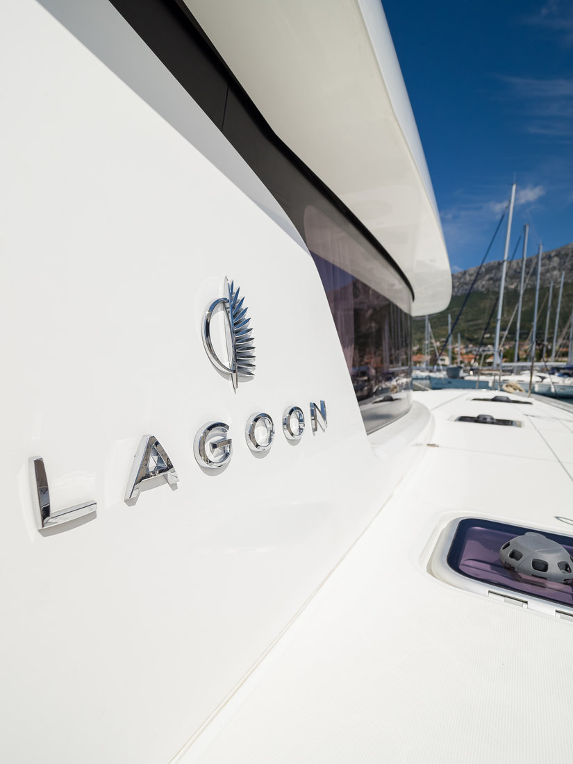 Lagoon 42 - 3 + 1 cab. OW (LA PERLA)  - 9