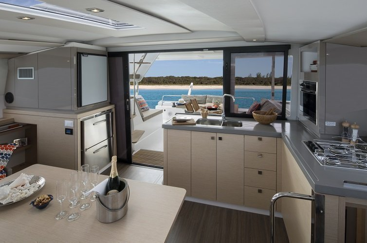 Fountaine Pajot Lucia 40 (Hola)  - 13