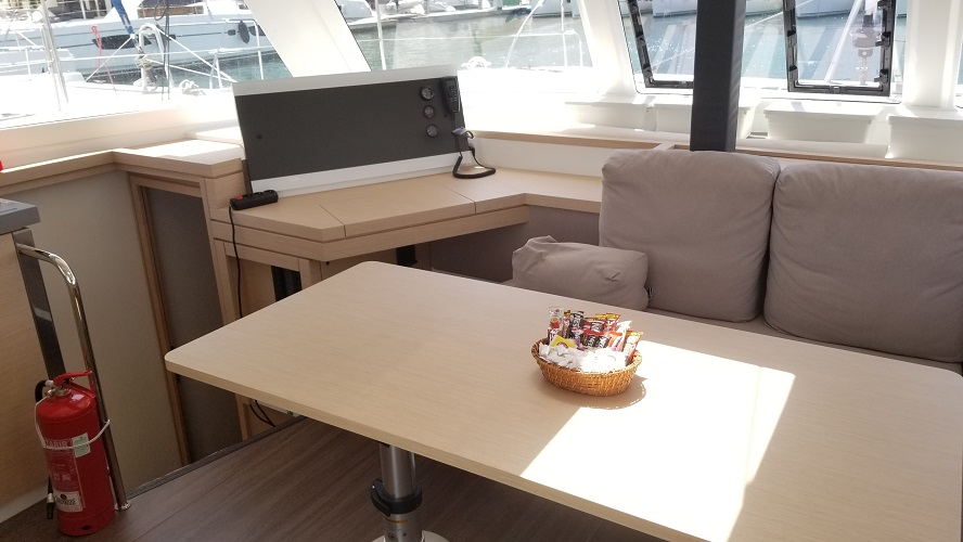 Fountaine Pajot Lucia 40 (Hola)  - 15