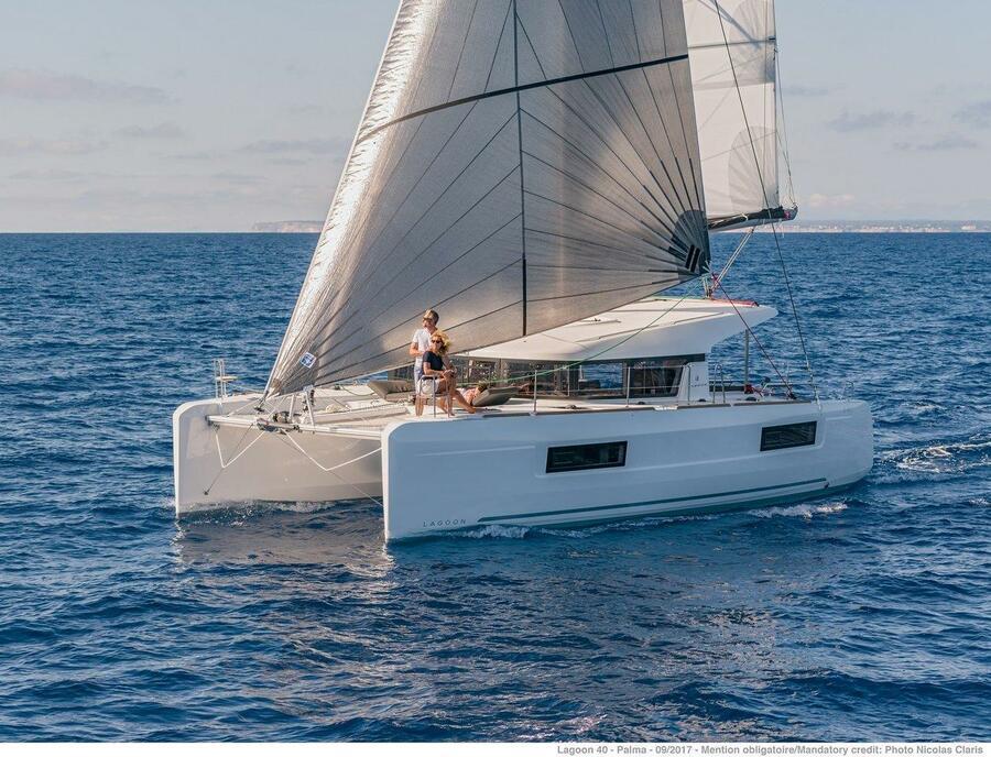 Lagoon 40 - 4 + 2 cab (Sail and Passion)  - 0