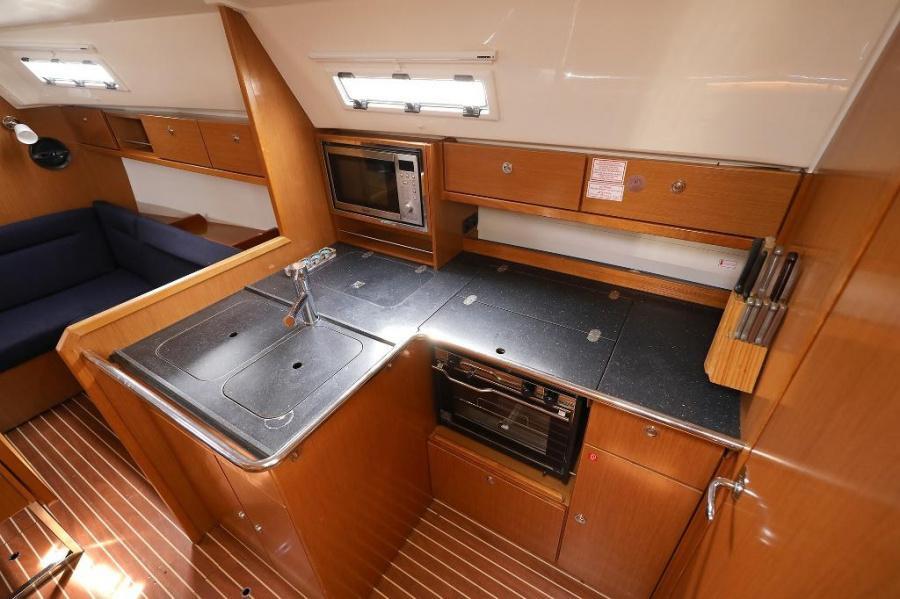 Bavaria Cruiser 36 (MIRA )  - 8