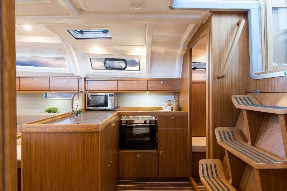 Bavaria Cruiser 37 - 3 cab. (ANGELIC)  - 17