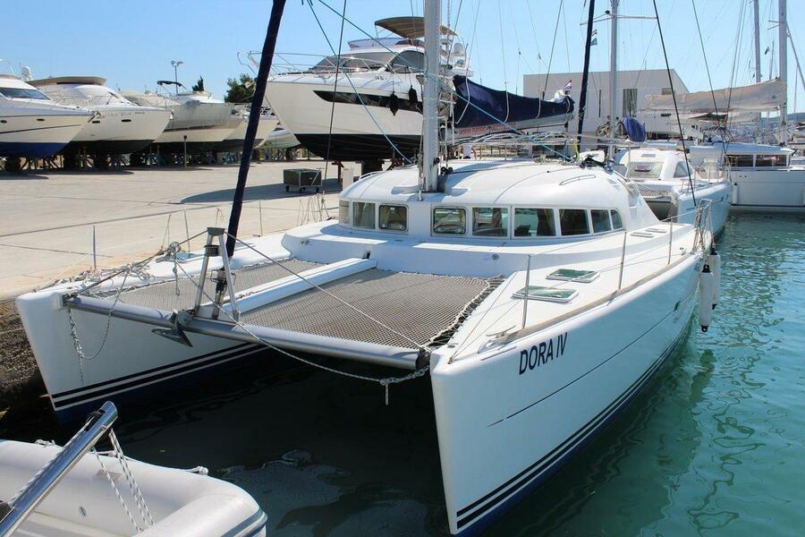 Lagoon 410 S2 - 6 cab. (Dora IV)  - 2