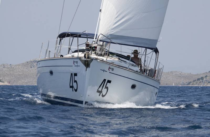 Bavaria 47 Cruiser (Gin Fizz 45)  - 7