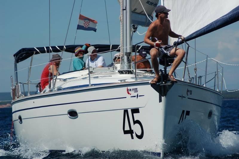 Bavaria 47 Cruiser (Gin Fizz 45)  - 11