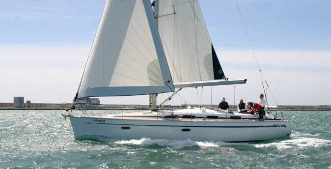 Bavaria 40 Cruiser (Black Pearl)  - 2
