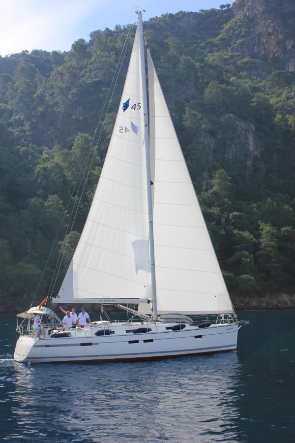 Bavaria Cruiser 45 - 4 cab. (Sail Bravo)  - 0