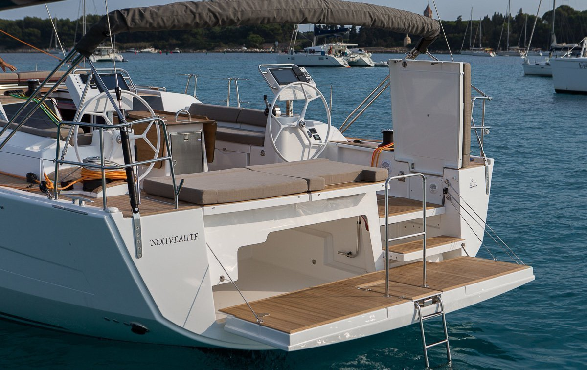 Dufour Exclusive 56 - 4 + 1 cab. (Nikto- fully equipped, gray hull)  - 5