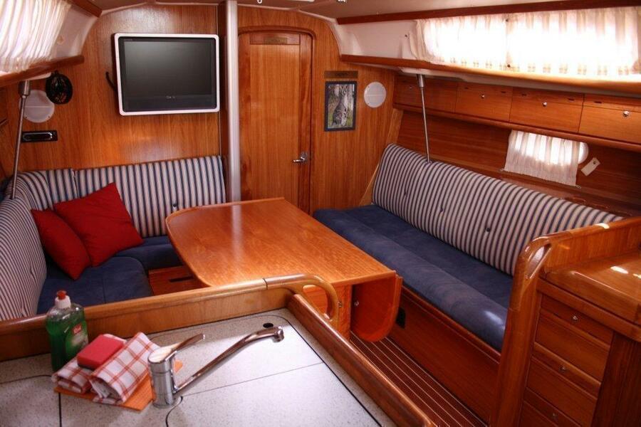 Bavaria 34 Cruiser - 2 cab. (Skippy)  - 3