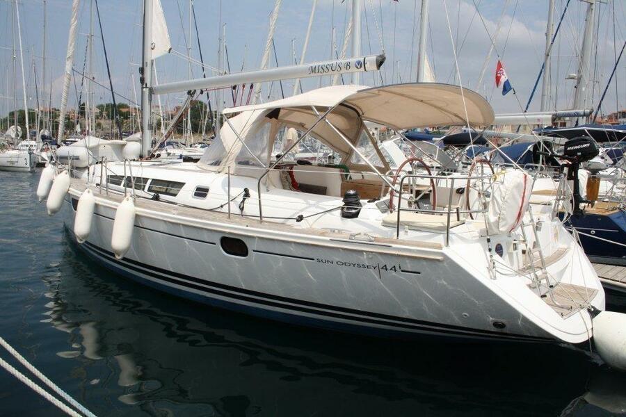 Sun Odyssey 44i (Missus B)  - 0