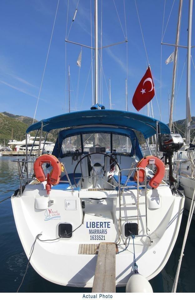 Oceanis Clipper 373 (Liberte)  - 11