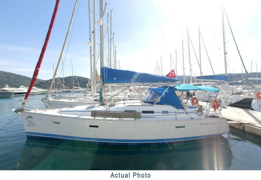 Oceanis Clipper 373 (Liberte)  - 12