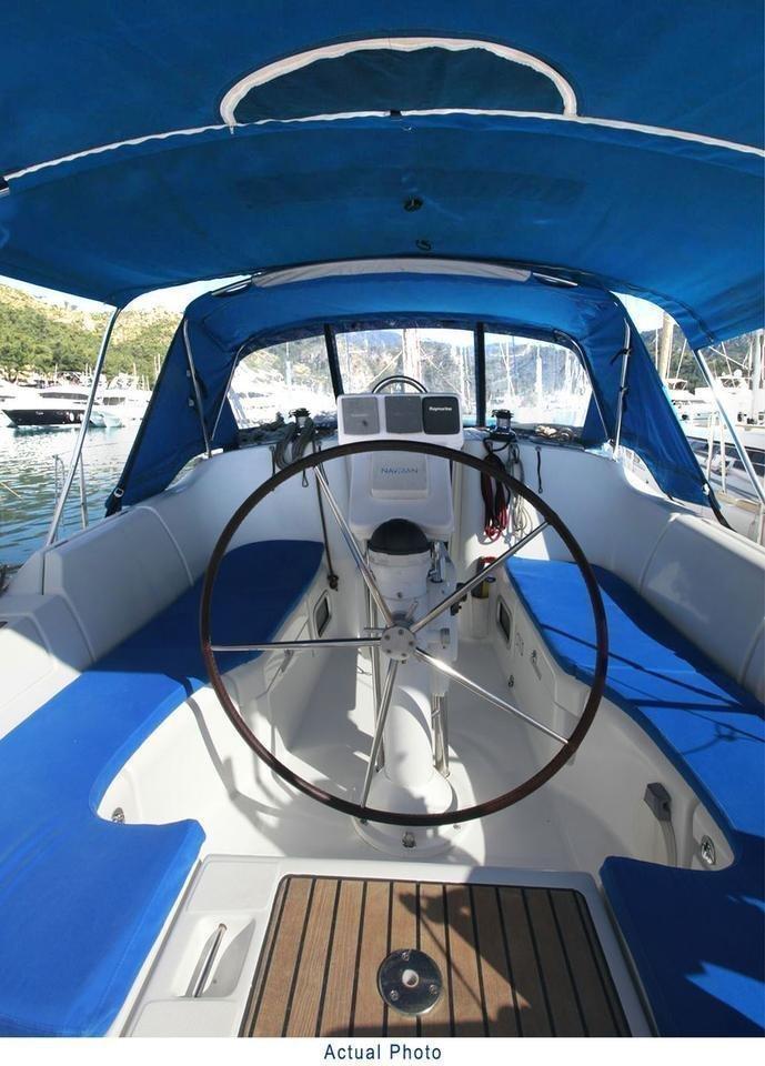 Oceanis Clipper 373 (Liberte)  - 13
