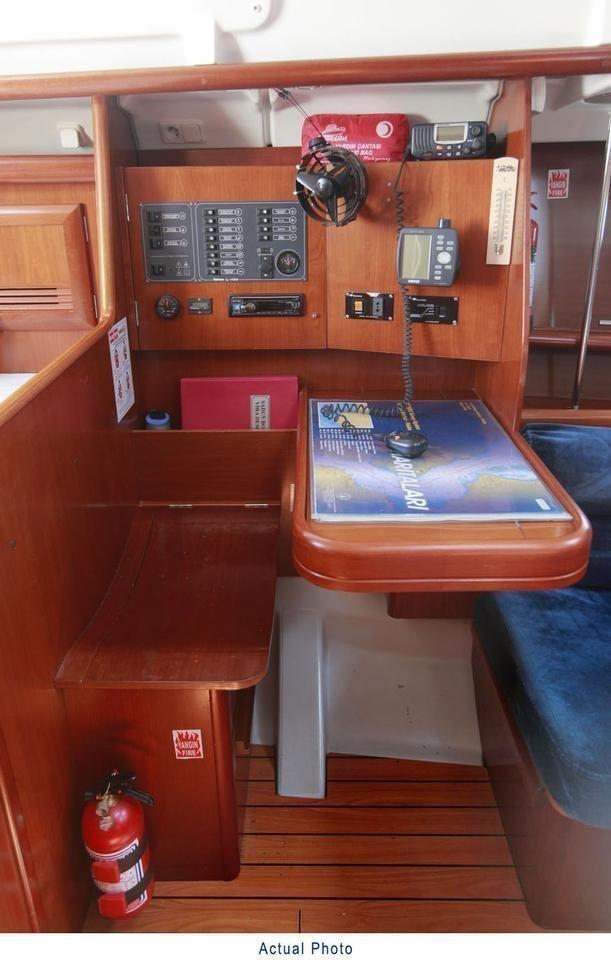 Oceanis Clipper 373 (Liberte)  - 22