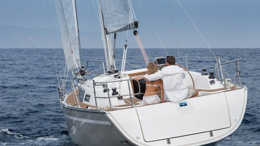 Bavaria Cruiser 33 (Chilli)  - 7