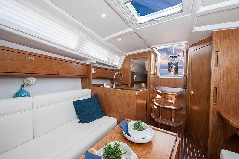 Bavaria Cruiser 33 (Chilli)  - 12