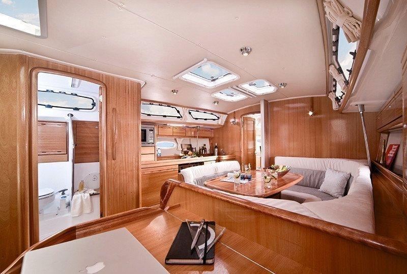 Bavaria 40 Cruiser (Emily)  - 5