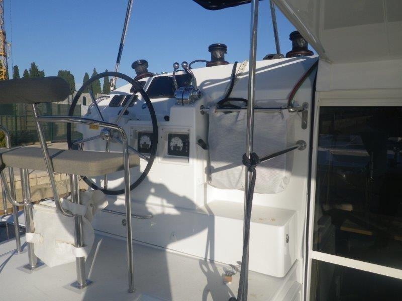 Lagoon 400 S2 - 4 + 2 cab. (Jema (Cabin charter) port bow)  - 3