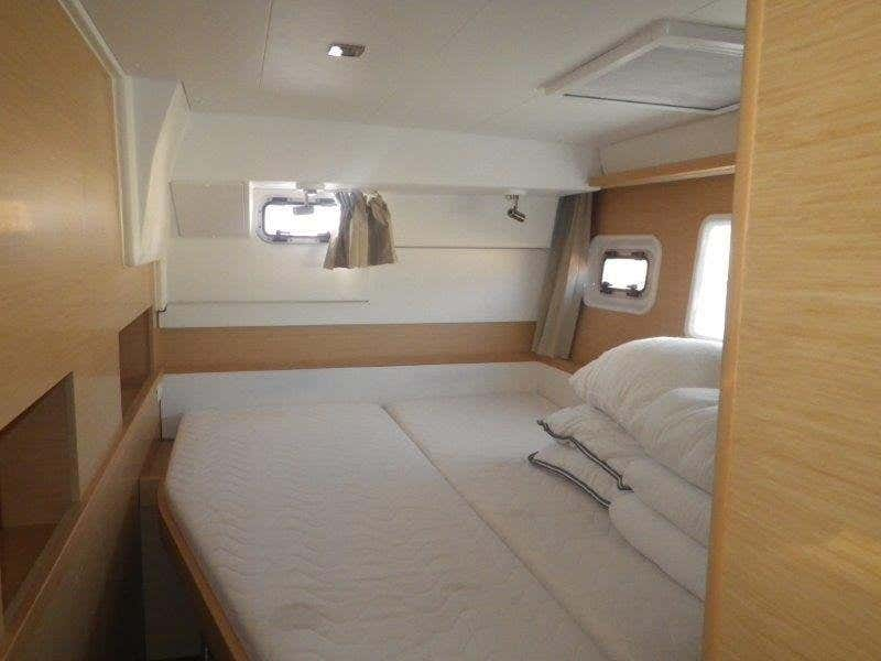 Lagoon 400 S2 - 4 + 2 cab. (Jema (Cabin charter) port bow)  - 9