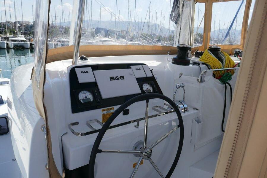 Lagoon 42 - 4 + 2 cab. (Coral Seas)  - 7