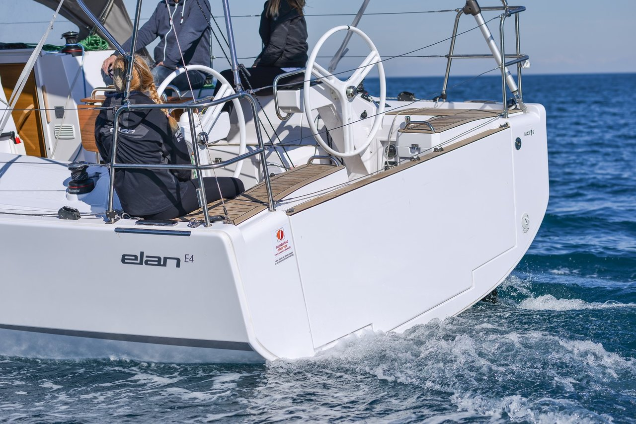 Elan E4 (Lucky)  - 10