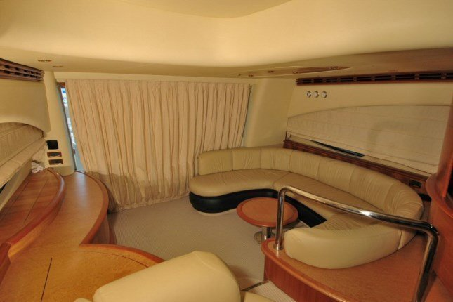Azimut 62 - 3 + 1 cab. (MY ROBY)  - 6