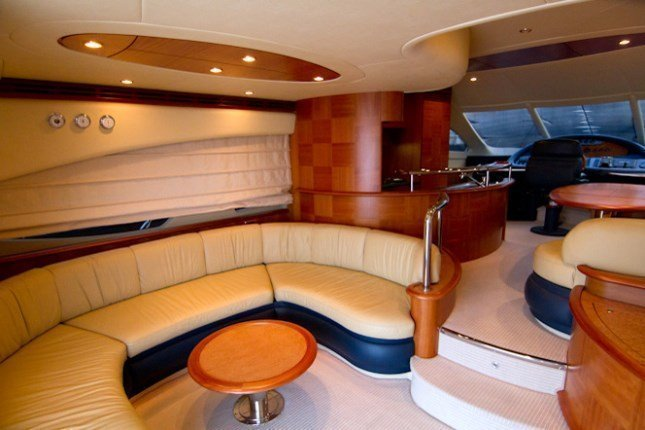 Azimut 62 - 3 + 1 cab. (MY ROBY)  - 8
