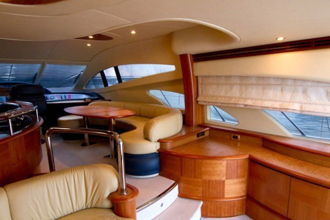 Azimut 62 - 3 + 1 cab. (MY ROBY)  - 9