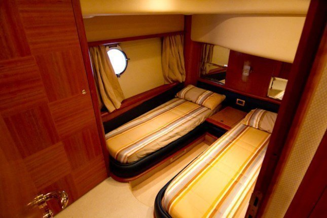Azimut 62 - 3 + 1 cab. (MY ROBY)  - 11