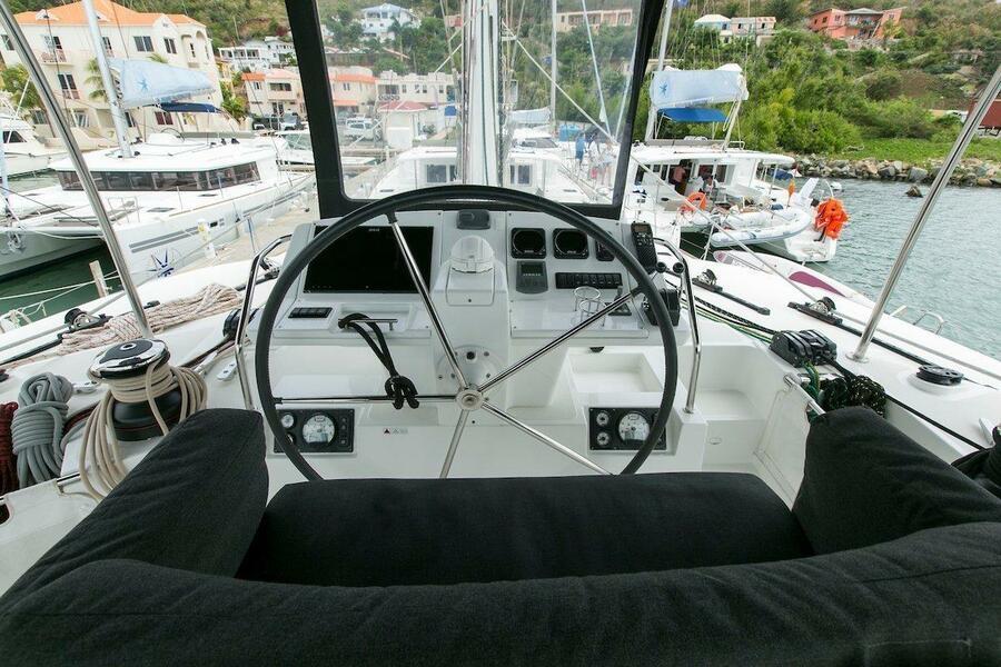 Lagoon 560 S2 - 5 cab. (Grande Dame Crewed (Cabin charter)3)  - 5