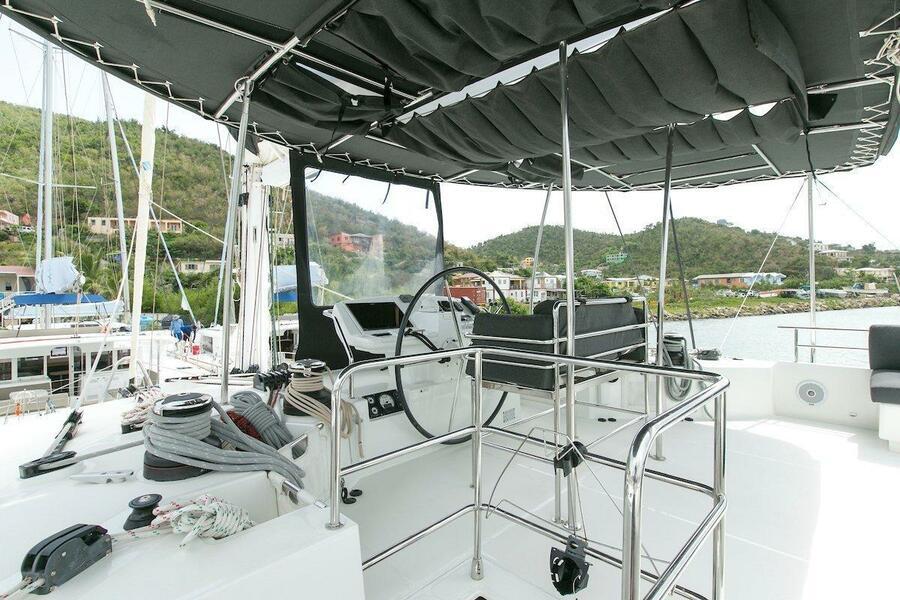Lagoon 560 S2 - 5 cab. (Grande Dame Crewed (Cabin charter)5)  - 8
