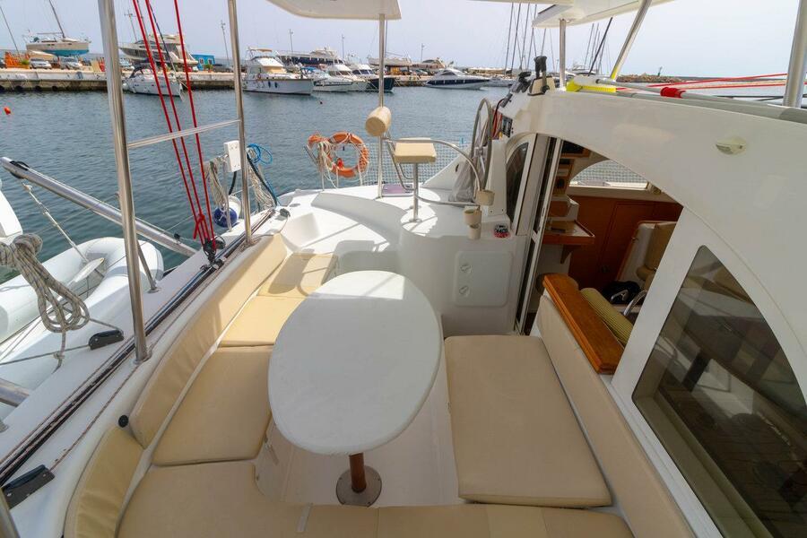Lagoon 380 - 4 + 1 cab. (Giulia)  - 3
