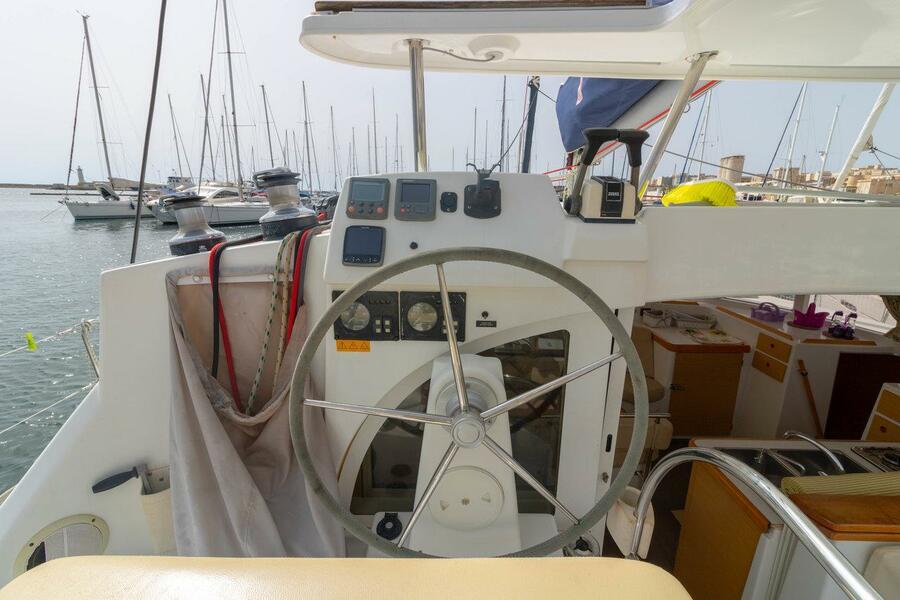 Lagoon 380 - 4 + 1 cab. (Giulia)  - 4
