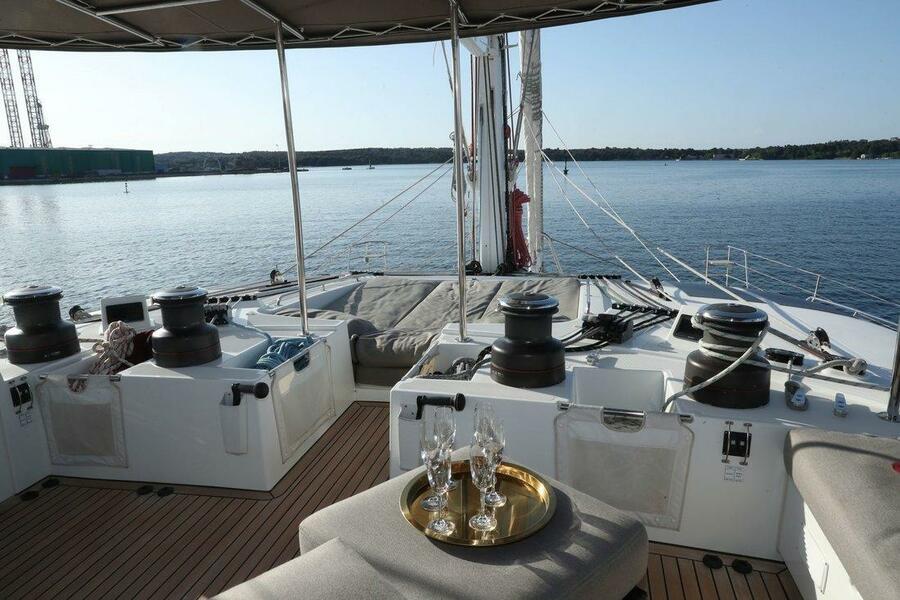 Lagoon 620 (Spirit of Adventure - CREWED (Skipper & Cook))  - 10