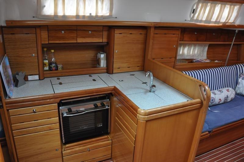 Bavaria 37 Cruiser (Alara 1)  - 6