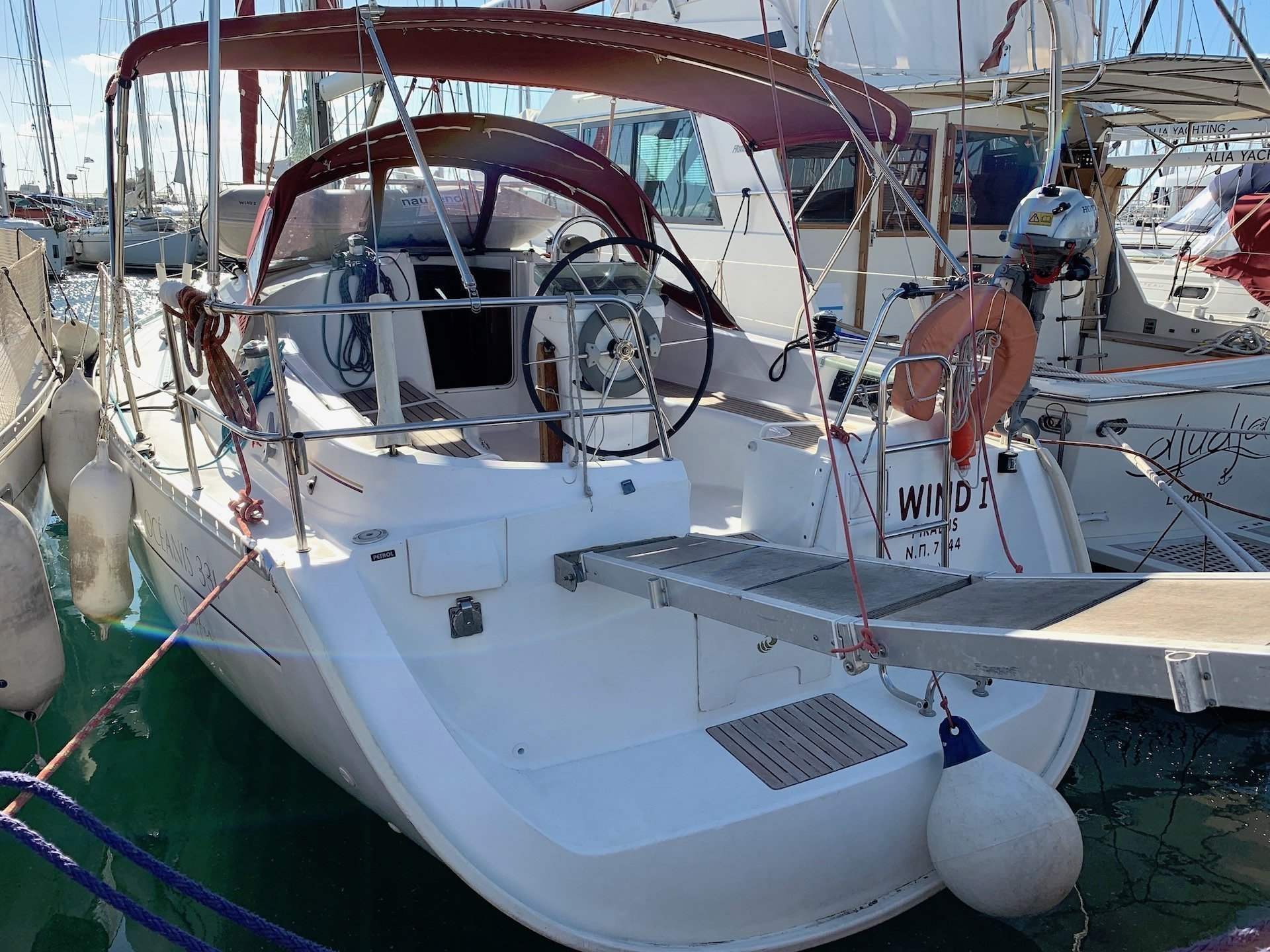 Oceanis Clipper 331 (Wind 1)  - 0