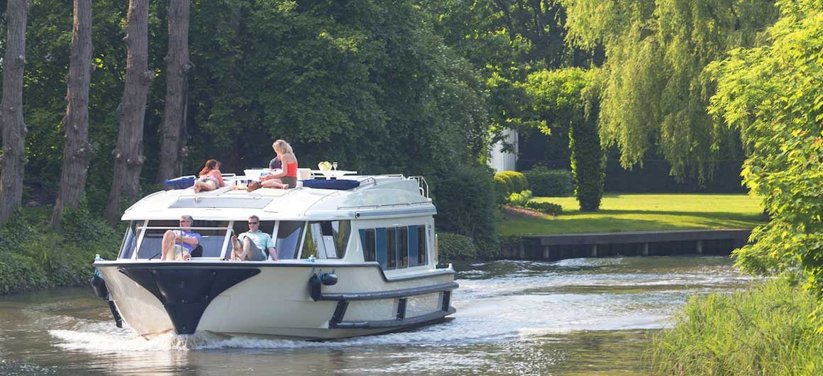 Vision4 (8+1) (Canal boat premier)  - 0