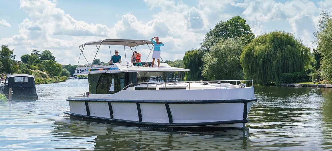 Horizon 4 (8+1) (Canal boat premier)  - 0