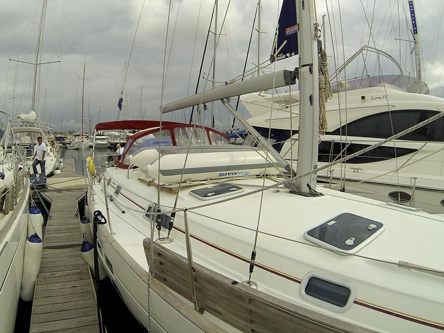 Oceanis 411 Clipper (ANA MARIA)  - 1
