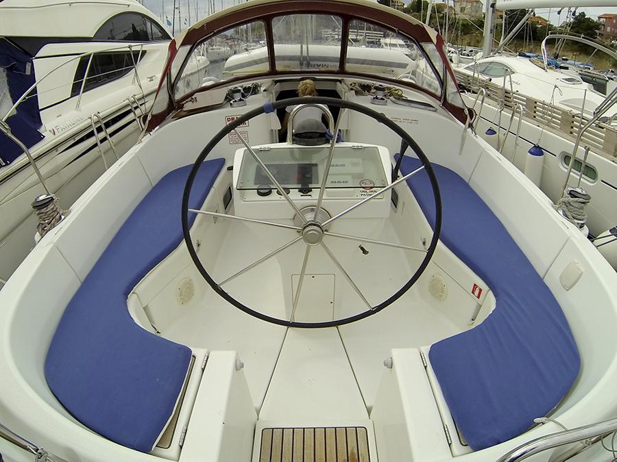 Oceanis 411 Clipper (ANA MARIA)  - 12