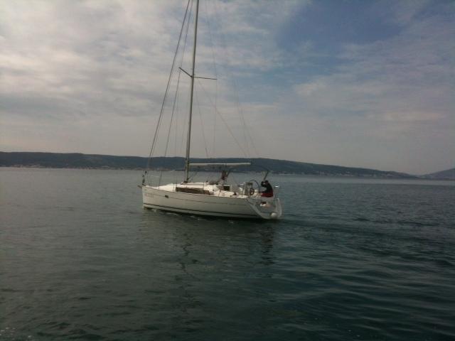 Sun Odyssey 32i (Jana)  - 0