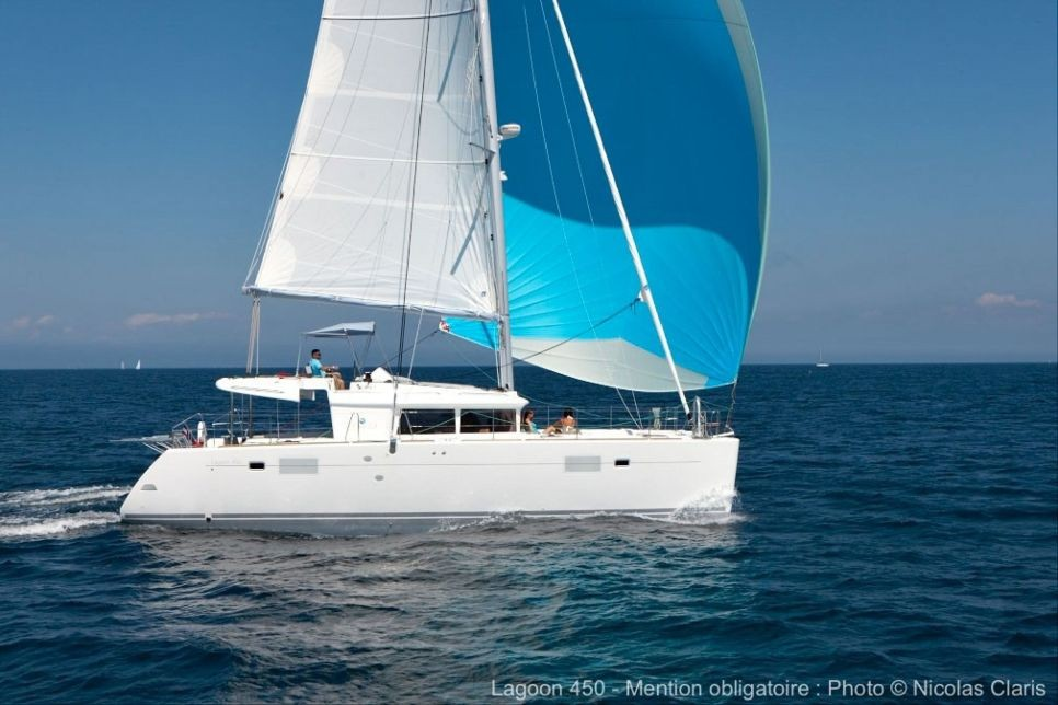 Lagoon 450 with watermaker & A/C - PLUS (SAINT AMOUR)  - 0