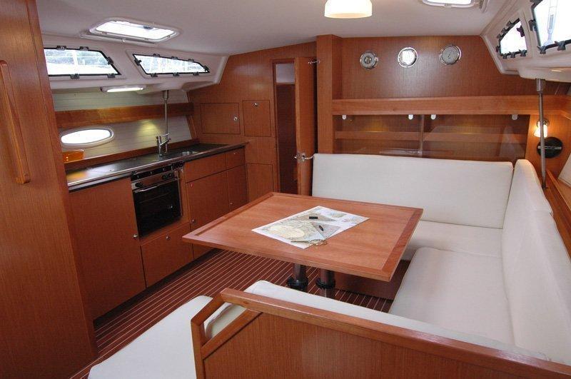 Bavaria 43 Cruiser (Rhea)  - 2